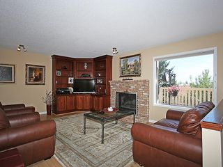 Photo 18: 114 SIGNATURE Close SW in Calgary: Signal Hill House for sale