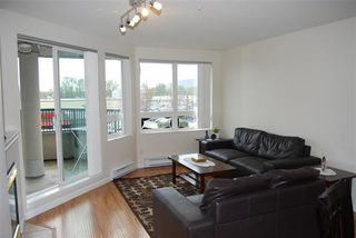 "Photo 2: A334 2099 LOUGHEED Highway in Port Coquitlam: Glenwood PQ Condo for sale in ""SHAUGHNESSY SQUARE"" : MLS®# R2173329"