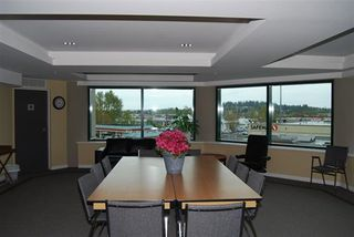 "Photo 19: A334 2099 LOUGHEED Highway in Port Coquitlam: Glenwood PQ Condo for sale in ""SHAUGHNESSY SQUARE"" : MLS®# R2173329"