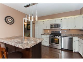 """Photo 10: 3747 SANDY HILL Crescent in Abbotsford: Abbotsford East House for sale in """"Sandy Hill"""" : MLS®# R2174274"""