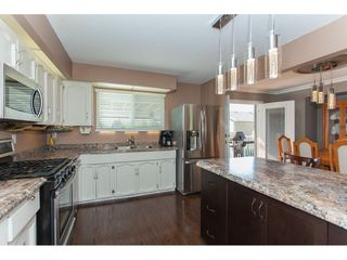 "Photo 8: 3747 SANDY HILL Crescent in Abbotsford: Abbotsford East House for sale in ""Sandy Hill"" : MLS®# R2174274"