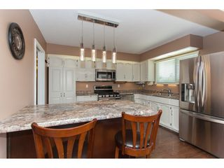 """Photo 7: 3747 SANDY HILL Crescent in Abbotsford: Abbotsford East House for sale in """"Sandy Hill"""" : MLS®# R2174274"""