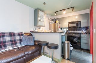 Photo 4: 705 1068 HORNBY Street in Vancouver: Downtown VW Condo for sale (Vancouver West)  : MLS®# R2176380