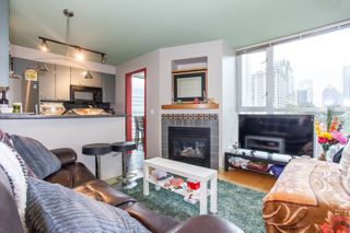 Photo 2: 705 1068 HORNBY Street in Vancouver: Downtown VW Condo for sale (Vancouver West)  : MLS®# R2176380