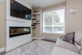 Photo 4: 105 2726 Peatt Road in VICTORIA: La Langford Proper Townhouse for sale (Langford)  : MLS®# 382125