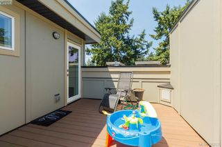 Photo 18: 105 2726 Peatt Rd in VICTORIA: La Langford Proper Row/Townhouse for sale (Langford)  : MLS®# 767605