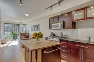 "Photo 1: 211 122 E 3RD Street in North Vancouver: Lower Lonsdale Condo for sale in ""SAUSALITO"" : MLS®# R2201590"