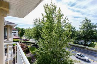 "Photo 18: 405 13727 74 Avenue in Surrey: East Newton Condo for sale in ""Kings Court"" : MLS®# R2201896"