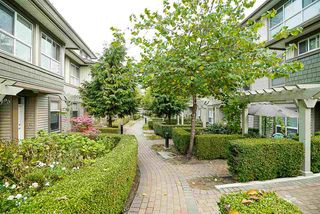 "Photo 3: 84 15353 100 Avenue in Surrey: Guildford Townhouse for sale in ""Soul of Guildford"" (North Surrey)  : MLS®# R2211059"