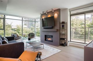 "Main Photo: 205 1680 BAYSHORE Drive in Vancouver: Coal Harbour Condo for sale in ""Bayshore Gardens"" (Vancouver West)  : MLS®# R2216078"