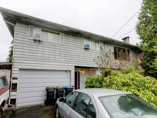 Photo 20: 3944 HAMILTON Street in Port Coquitlam: Lincoln Park PQ House for sale : MLS®# R2222336