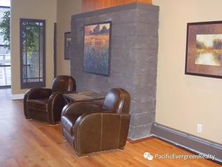 """Photo 9: 206 3061 E KENT AVENUE NORTH in Vancouver: Fraserview VE Condo for sale in """"THE PHOENIX"""" (Vancouver East)  : MLS®# R2236354"""