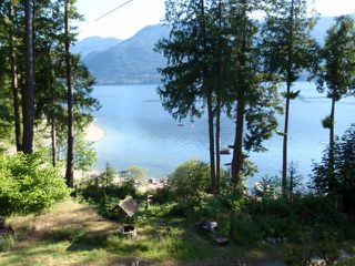 Photo 2: BLK O JAKES Landing in Sechelt: Sechelt District House for sale (Sunshine Coast)  : MLS®# R2236739