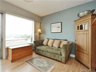 Photo 15: 203 1476 Beach Drive in VICTORIA: OB South Oak Bay Residential for sale (Oak Bay)  : MLS®# 361099