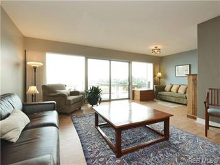 Photo 7: 203 1476 Beach Drive in VICTORIA: OB South Oak Bay Residential for sale (Oak Bay)  : MLS®# 361099