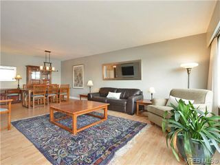 Photo 18: 203 1476 Beach Drive in VICTORIA: OB South Oak Bay Residential for sale (Oak Bay)  : MLS®# 361099