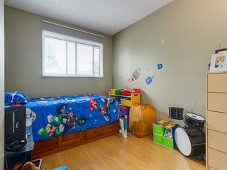 Photo 9: 32 Berkshire Close NW in : Beddington Heights House for sale (Calgary)  : MLS®# C4120444