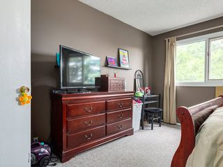 Photo 6: 32 Berkshire Close NW in : Beddington Heights House for sale (Calgary)  : MLS®# C4120444