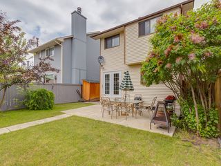 Photo 14: 32 Berkshire Close NW in : Beddington Heights House for sale (Calgary)  : MLS®# C4120444