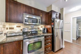 """Photo 11: 118 2468 ATKINS Avenue in Port Coquitlam: Central Pt Coquitlam Condo for sale in """"BORDEAUX"""" : MLS®# R2255247"""