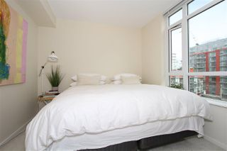 Photo 5: 701 89 W 2nd Street in : False Creek Condo for sale (Vancouver West)  : MLS®# R2056301