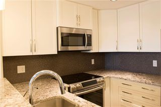 Photo 5: 304 32 VARSITY ESTATES Circle NW in Calgary: Varsity Apartment for sale : MLS®# C4185124