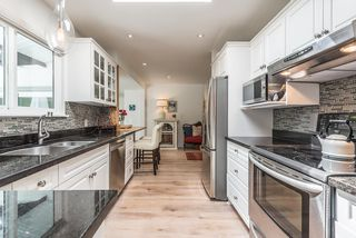 """Photo 3: 41562 ROD Road in Squamish: Brackendale House for sale in """"Brackendale"""" : MLS®# R2269959"""