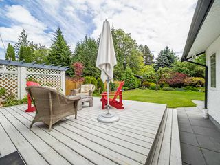 """Photo 17: 41562 ROD Road in Squamish: Brackendale House for sale in """"Brackendale"""" : MLS®# R2269959"""