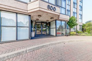 Photo 2: Lp03 600 Rexdale Boulevard in Toronto: West Humber-Clairville Condo for sale (Toronto W10)  : MLS®# W4155093