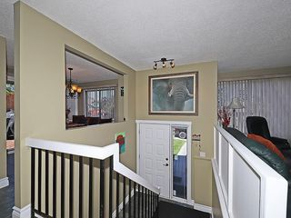 Photo 6: 20 BERMUDA Road NW in Calgary: Beddington Heights House for sale : MLS®# C4190847