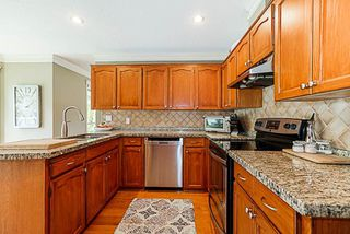 """Photo 4: 7291 150A Street in Surrey: East Newton House for sale in """"CHIMNEY HILLS"""" : MLS®# R2283944"""