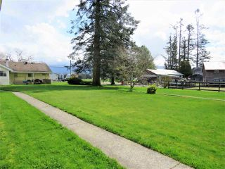 "Photo 18: 10689 MCSWEEN Road in Chilliwack: Fairfield Island House for sale in ""Fairfield Island"" : MLS®# R2306254"