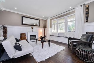Photo 4: 1010 Graphite Pl in VICTORIA: La Bear Mountain Single Family Detached for sale (Langford)  : MLS®# 799333