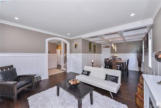 Photo 12: 1010 Graphite Pl in VICTORIA: La Bear Mountain Single Family Detached for sale (Langford)  : MLS®# 799333