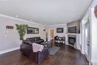 Photo 15: 1010 Graphite Place in VICTORIA: La Bear Mountain Single Family Detached for sale (Langford)  : MLS®# 400590