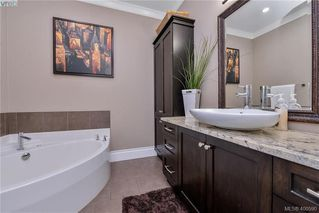 Photo 14: 1010 Graphite Pl in VICTORIA: La Bear Mountain Single Family Detached for sale (Langford)  : MLS®# 799333