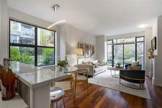 """Photo 3: 108 2688 VINE Street in Vancouver: Kitsilano Townhouse for sale in """"TREO"""" (Vancouver West)  : MLS®# R2318408"""