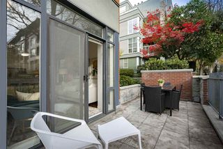 "Photo 12: 108 2688 VINE Street in Vancouver: Kitsilano Townhouse for sale in ""TREO"" (Vancouver West)  : MLS®# R2318408"