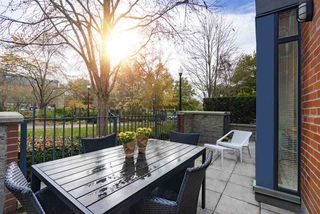 "Photo 11: 108 2688 VINE Street in Vancouver: Kitsilano Townhouse for sale in ""TREO"" (Vancouver West)  : MLS®# R2318408"