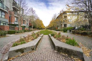 "Photo 19: 108 2688 VINE Street in Vancouver: Kitsilano Townhouse for sale in ""TREO"" (Vancouver West)  : MLS®# R2318408"