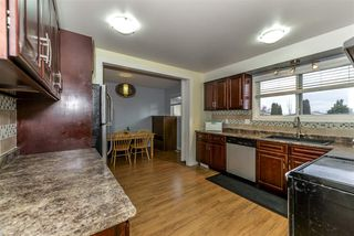 Photo 9: 3651 109 Street Edmonton 3 Bed 2.5 Bath Family House For Sale E4134352