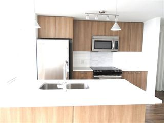 "Photo 6: 3805 13325 102A Avenue in Surrey: Whalley Condo for sale in ""ULTRA"" (North Surrey)  : MLS®# R2326446"