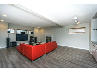 Photo 16: 6339 CANADA Way in Burnaby: Buckingham Heights House for sale (Burnaby South)  : MLS®# R2336252