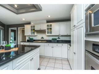Photo 8: 6339 CANADA Way in Burnaby: Buckingham Heights House for sale (Burnaby South)  : MLS®# R2336252