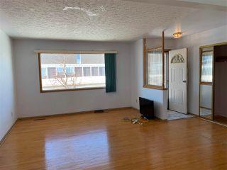 Photo 4: 9401 163 Street in Edmonton: Zone 22 House for sale : MLS®# E4147476