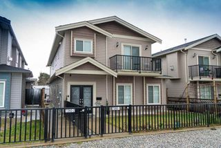 Photo 1: 2 7260 11TH Avenue in Burnaby: Edmonds BE House 1/2 Duplex for sale (Burnaby East)  : MLS®# R2349812