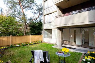 """Photo 11: 101 1725 PENDRELL Street in Vancouver: West End VW Condo for sale in """"STRATFORD PLACE"""" (Vancouver West)  : MLS®# R2351251"""