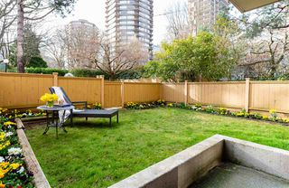 """Photo 9: 101 1725 PENDRELL Street in Vancouver: West End VW Condo for sale in """"STRATFORD PLACE"""" (Vancouver West)  : MLS®# R2351251"""