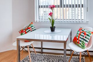"Photo 5: 1601 789 DRAKE Street in Vancouver: Downtown VW Condo for sale in ""CENTURY TOWER"" (Vancouver West)  : MLS®# R2352458"