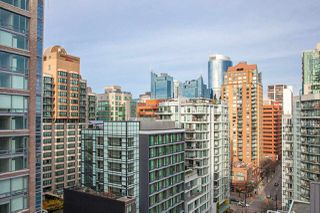 "Photo 15: 1601 789 DRAKE Street in Vancouver: Downtown VW Condo for sale in ""CENTURY TOWER"" (Vancouver West)  : MLS®# R2352458"